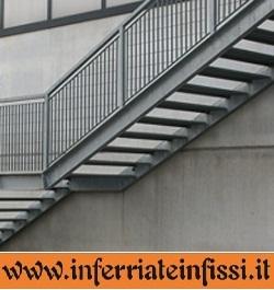 Scale da esterno inferriate infissil fabbro - Scale in ferro per esterno ...